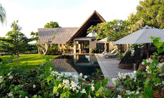 Seminyak villas to reward yourself with a trip to Bali while staying in the best accommodations.